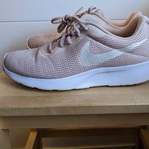Used Nike Womens Tanjun Particle Beige